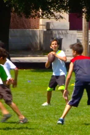 Flagfootball-392x588